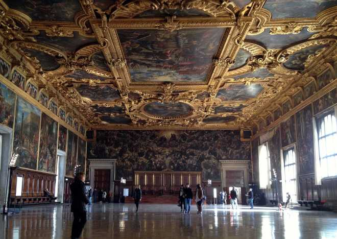sala maggior consiglio palazzo ducale