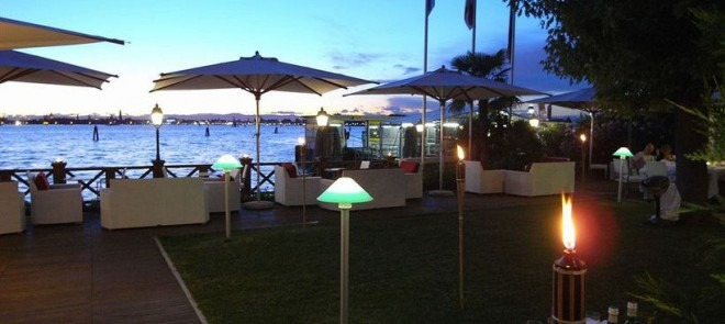 hotel-villa-laguna
