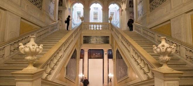 palazzo_grassi_art_night