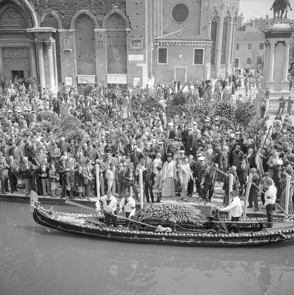 venezia-funerali-igor-stravinsky2